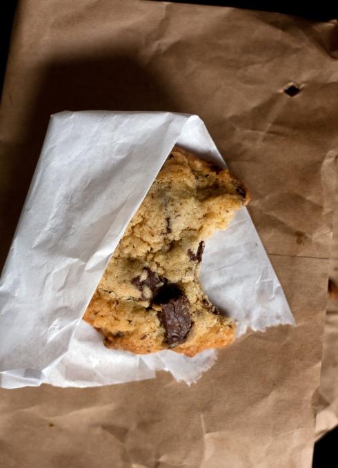 mrs-fields-chocolate-chip-cookie-1