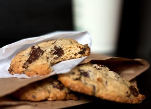 mrs-fields-chocolate-chip-cookie-2